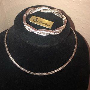 Premier Design Necklace and Bracelet